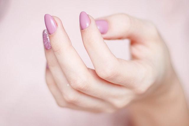 allt om naglar